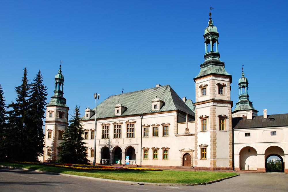 Przesyłki krajowe do Kielc