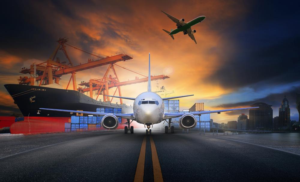 DHL Express nowy samolot na lotnisku