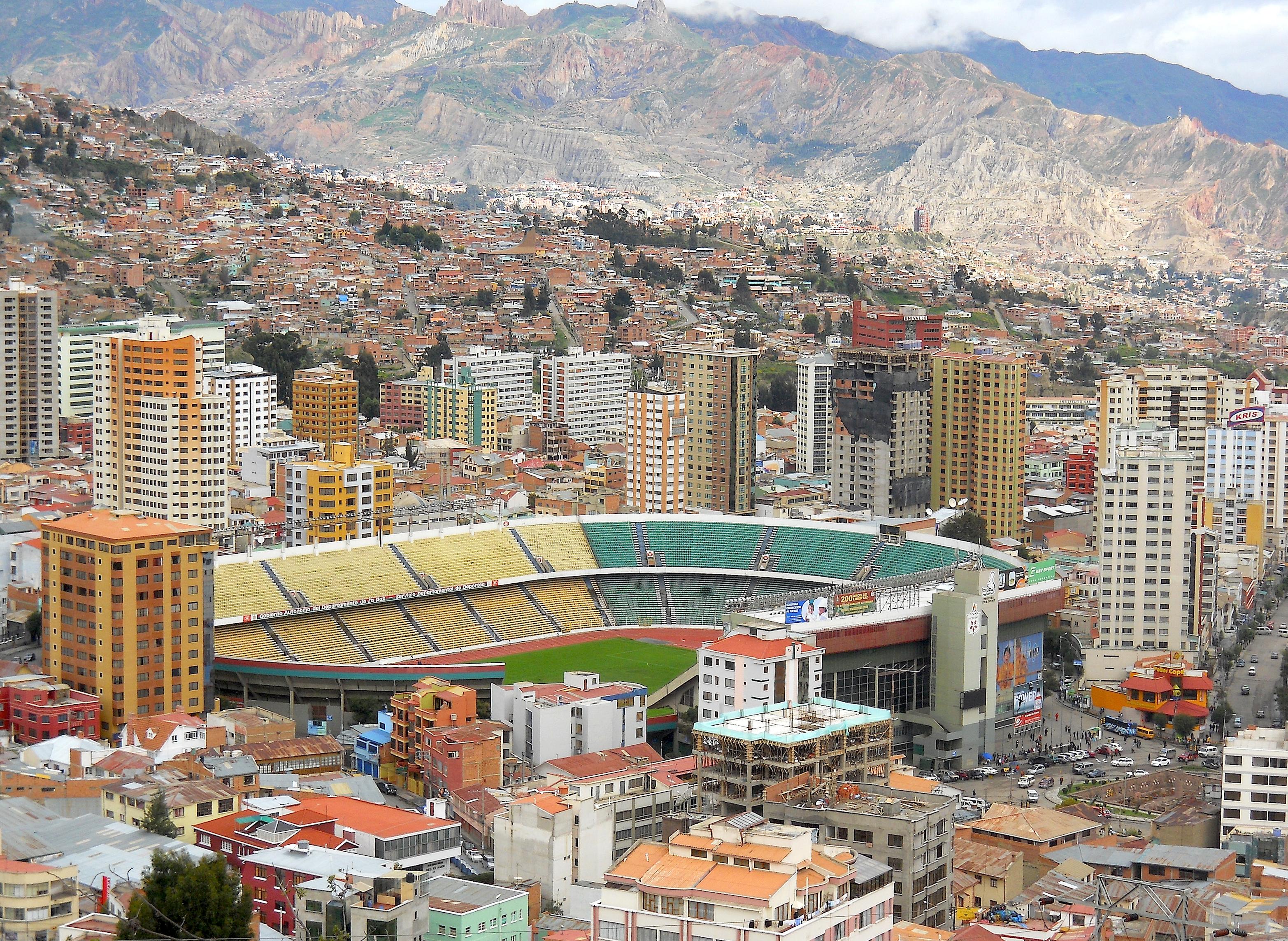 Paczki i przesyłki do La Paz stolicy Boliwii