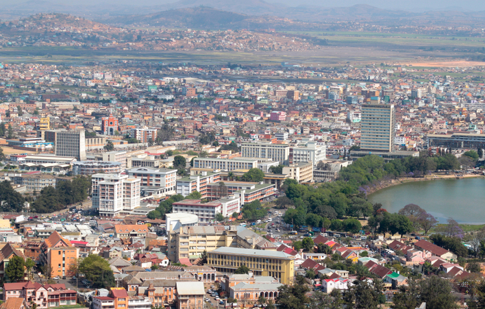 Paczki i przesyłki do Antananarivo