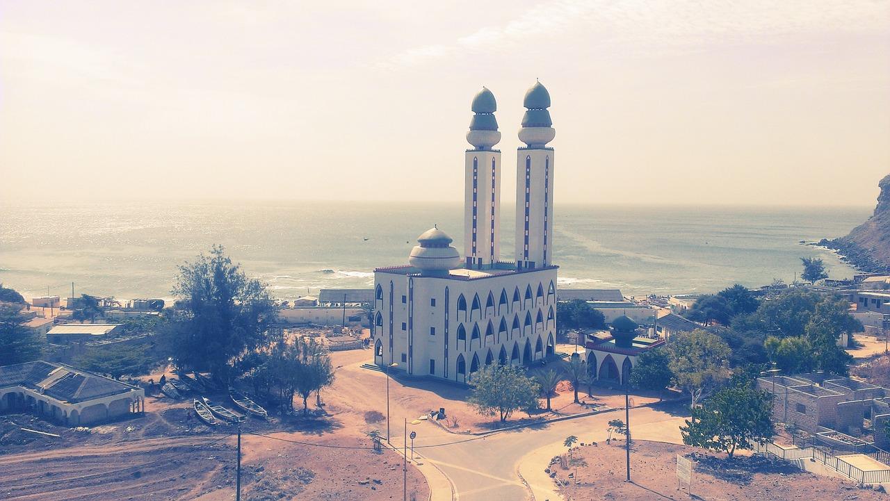 Paczki i przesyłki do Dakaru, stolicy Senegalu