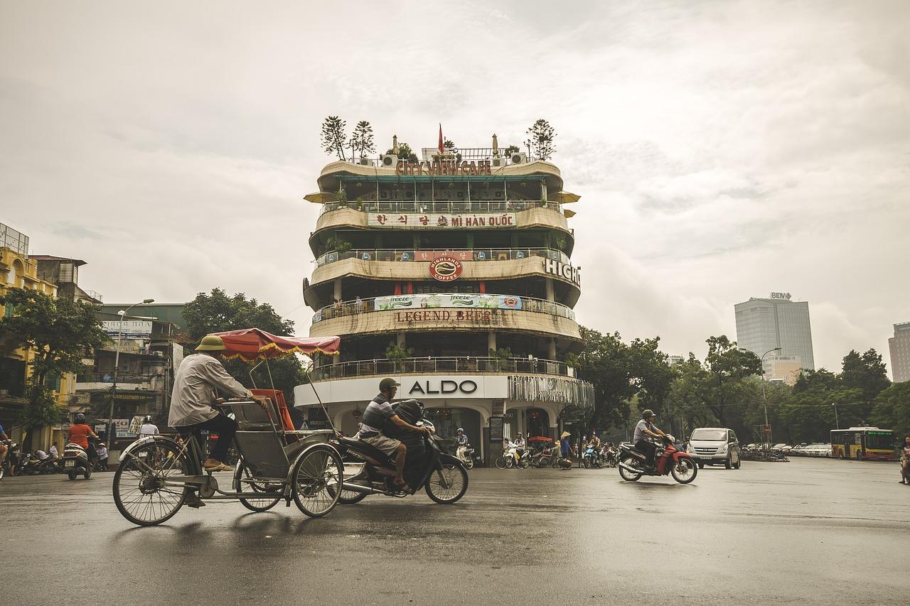 Paczki i przesyłki do Hanoi, stolicy Wietnamu