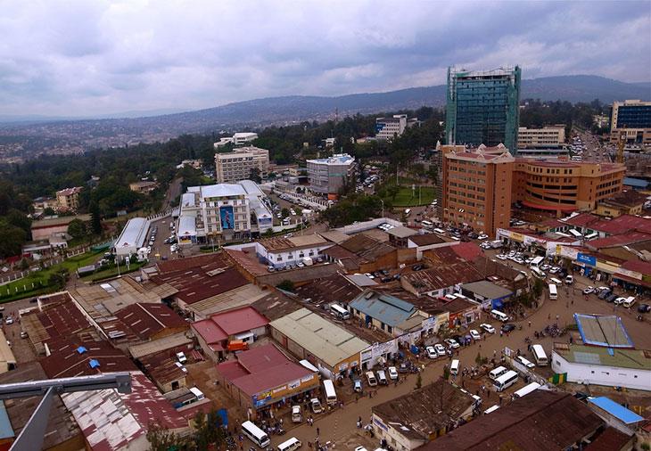 Paczki i przesyłki do Kigali, stolicy Ruandy