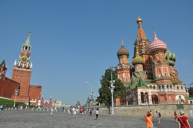 Paczki i przesyłki do Moskwy, stolicy, Rosji