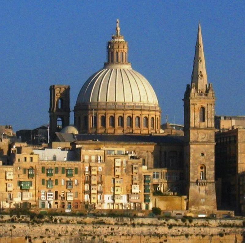 Paczki i przesyłki do Valletty, stolicy Malty