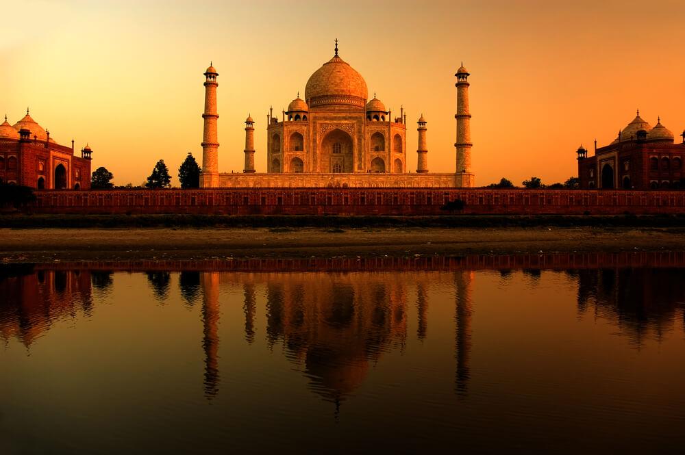 Paczki i przesyłki do Indii