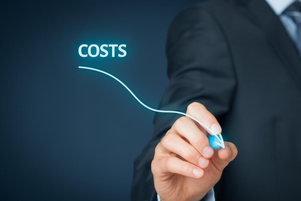 Jak oszczędzać prowadząc własny sklep internetowy?