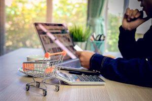 Co powinien wiedzieć sprzedawca o zwrocie towaru do sklepu - online?